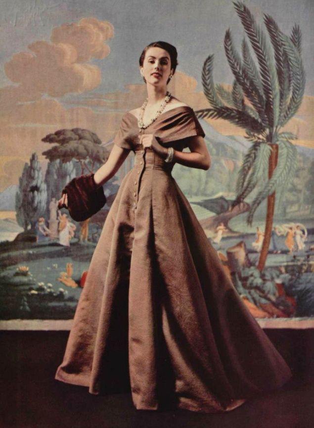 Ciao Bellissima - Vintage Glam; Model wearing, 1954