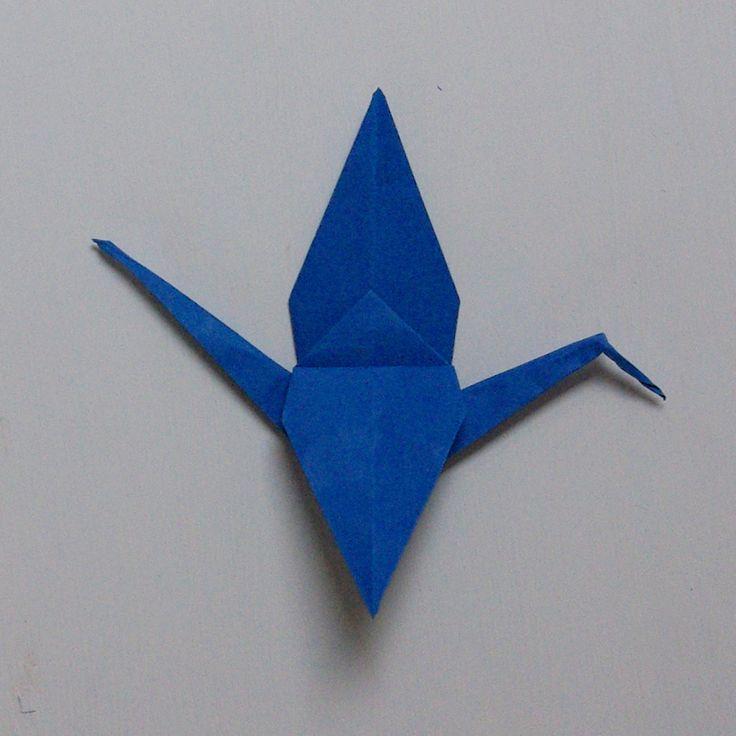 ber ideen zu kranich falten auf pinterest origami kraniche handarbeit und handarbeiten. Black Bedroom Furniture Sets. Home Design Ideas