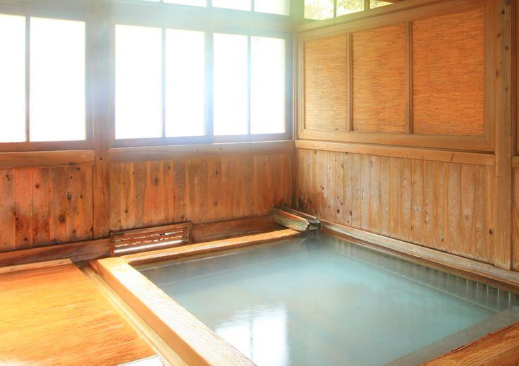 福島の秘湯 高湯温泉 旅館玉子湯【公式サイト】 | 白濁の源泉かけ流し | 温泉