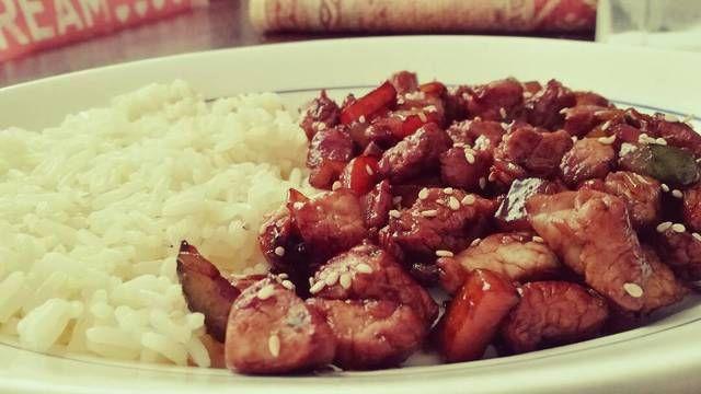 https://cookpad.com/ar/recetas/1715263-wok-agridulce-de-cerdo-con-arroz-a-la-crema