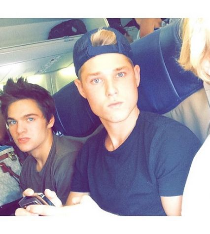 Teen Wolf - Dylan Sprayberry and Mason Dye on the way to Houston