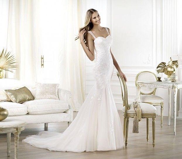 Elegance. Abito donna, vestito da sposa, moda donna