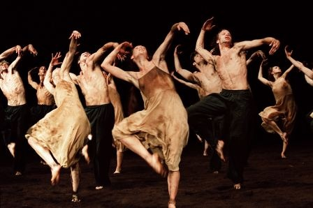 http://www.dansesaveclaplume.com/  Pina Bauch