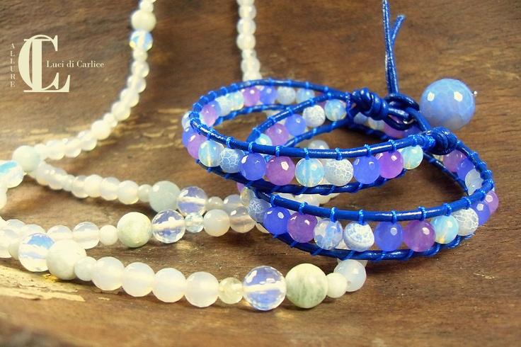 Bracciali e collane realizzati artigianalmente, con pietre dure semipreziose.