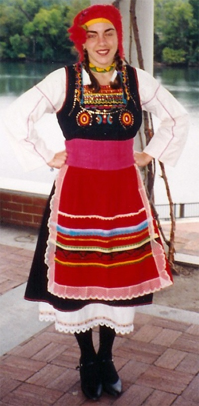 http://www.greekband.com/olympiandancetroupe/F_Costumes_files/costumes_files/nMetaxades_Costume.jpg