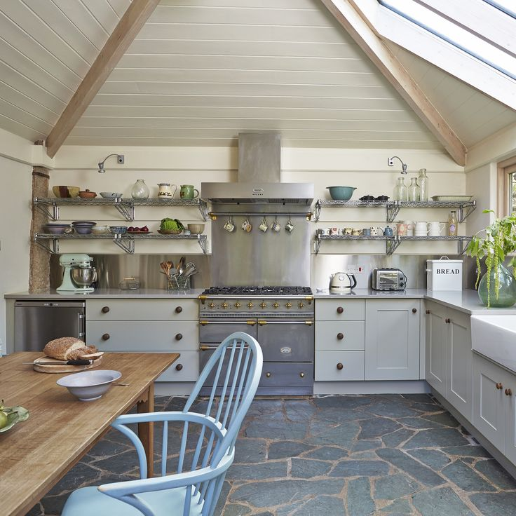 Hand Painted Kitchen Cabinets: 24 Best Bespoke Contemporary Kitchens Images On Pinterest