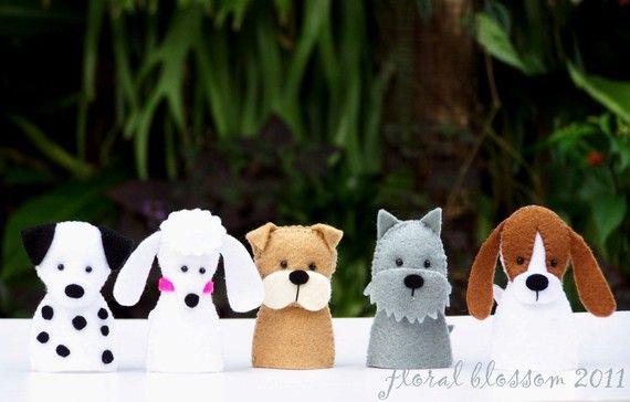 Digital Pattern: Dogs Felt Finger Puppets van FloralBlossom op Etsy