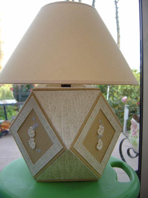Mejores 255 im genes de abat jour en pinterest candelabros cartonaje y bases de l mpara - Grande lampe a bulle ...