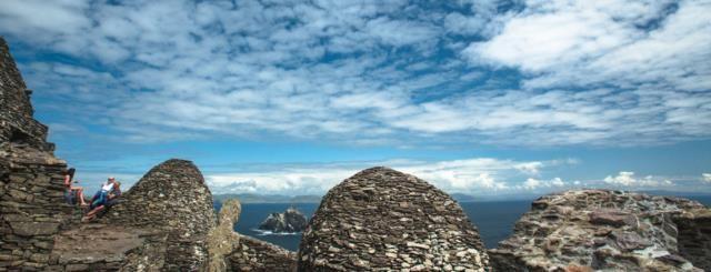 El Anillo de las Skellig es una emocionante ruta de costa en carretera, en la ruta costera del Atlántico en Irlanda. Por esto ha sido nombrado por Lonely Planet como una de las mejores regiones a visitar en 2017...