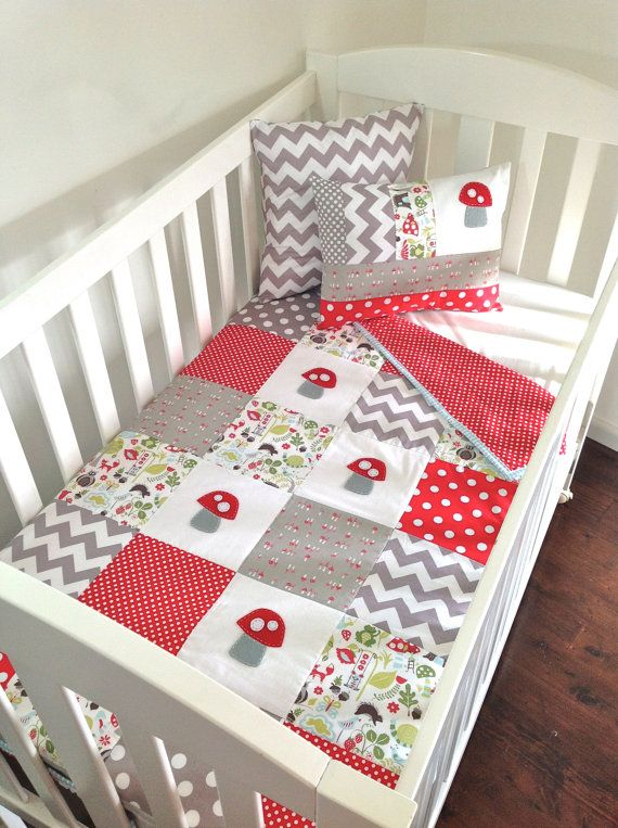toadstool baby quilt and 2 cushions set love the pattern small and large dots and print. Black Bedroom Furniture Sets. Home Design Ideas