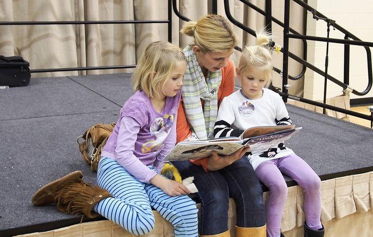 Comment enrichir la syntaxe des enfants de 3 à 6 ans?  http://rire.ctreq.qc.ca/2016/06/syntaxe-prescolaire/