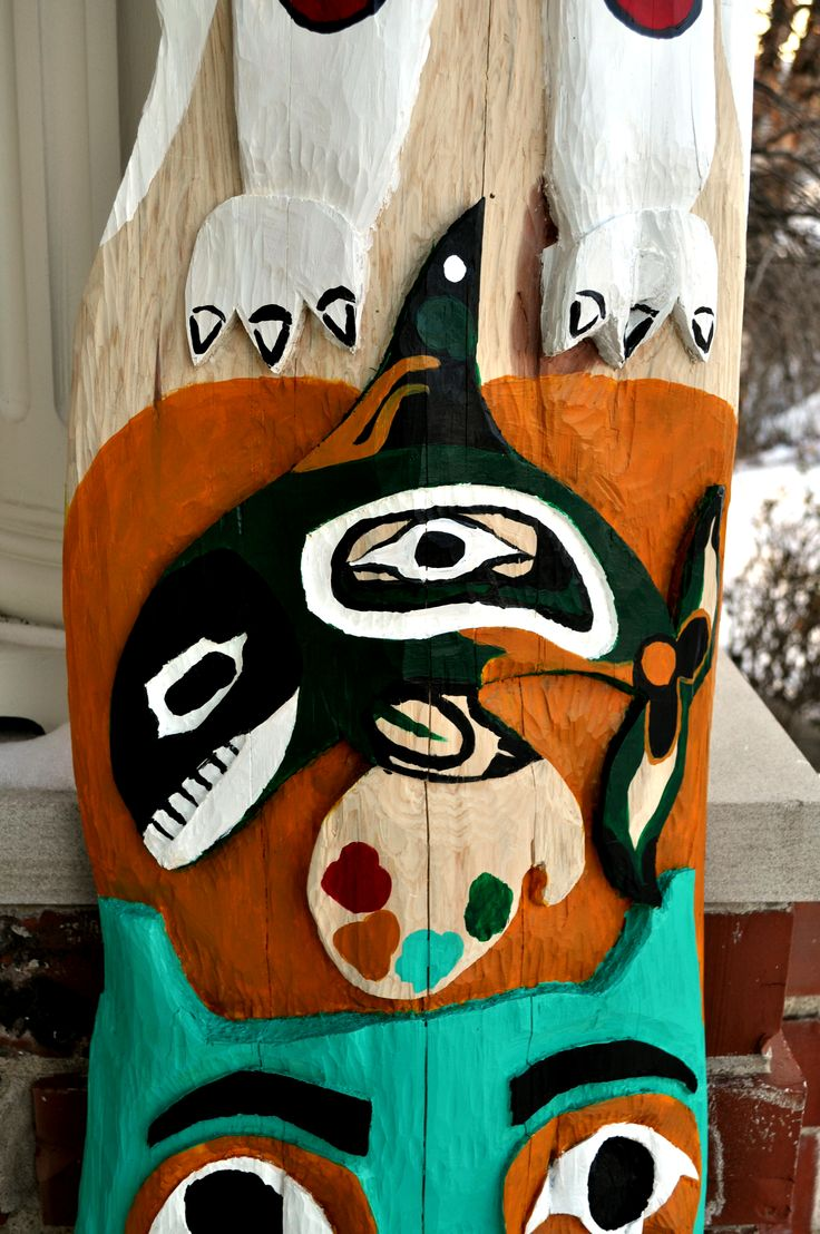 Totem Pole Dolphin Detail by PaintMyWorldRainbow on ...