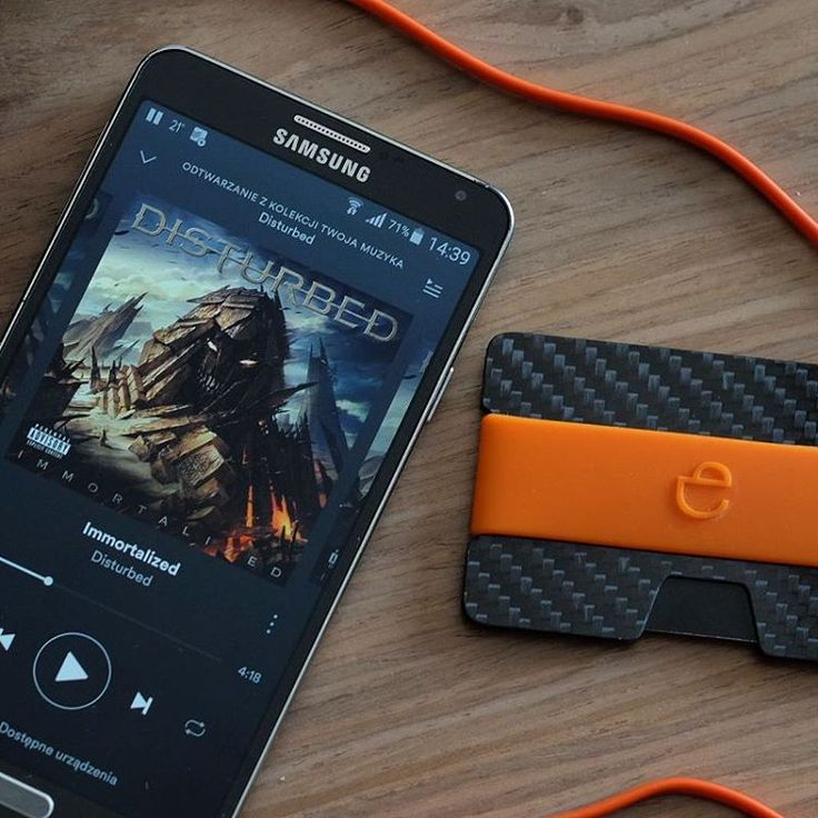 "Polubienia: 117, komentarze: 1 – Elephantwallet (@elephantwallet) na Instagramie: ""Disturbed and N carbon fiber ...and orange color 😈  We ship worldwide 🌎  N wallets #carbonfiber…"""
