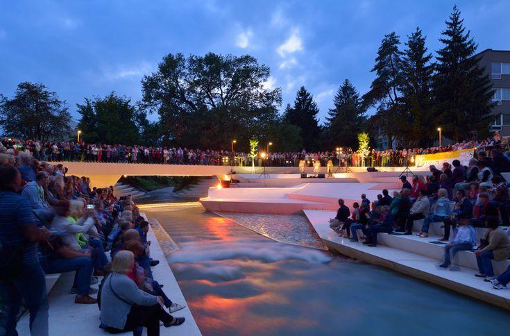 24-enota-promenada-41-amphitheatre-performance « Landscape Architecture Works | Landezine