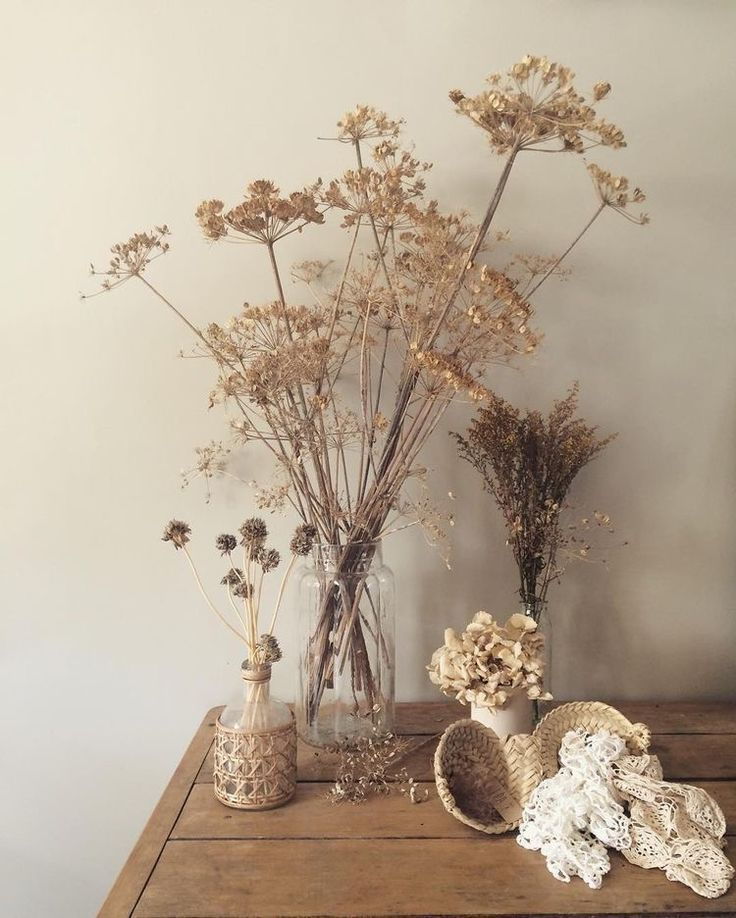 Dried Flowers Home Decor In 2020 Flower Arrangements Simple Flower Arrangements Dried Flowers