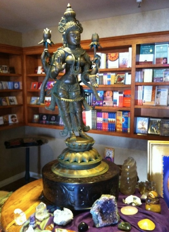 28 best images about fan installations on pinterest hindus buddha sculpture and meditation for Lotus garden meditation center