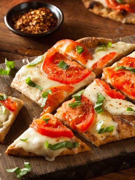 Pizza grillen! Hier geht's zum REZEPT >>>