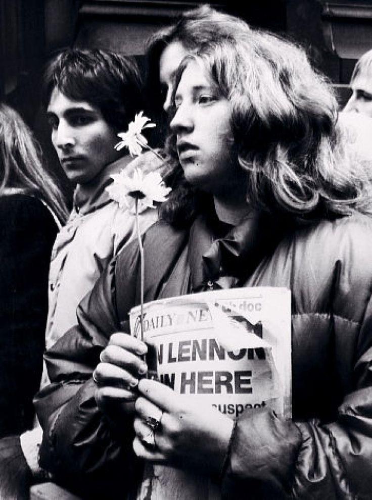 john lennon's corpse    ... Chapman denied parole for 7th time: The life and death of John Lennon