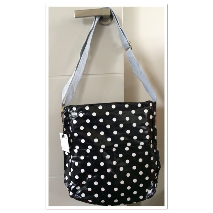 Ahhh another beautiful oilcloth bag from us :). Love our stock