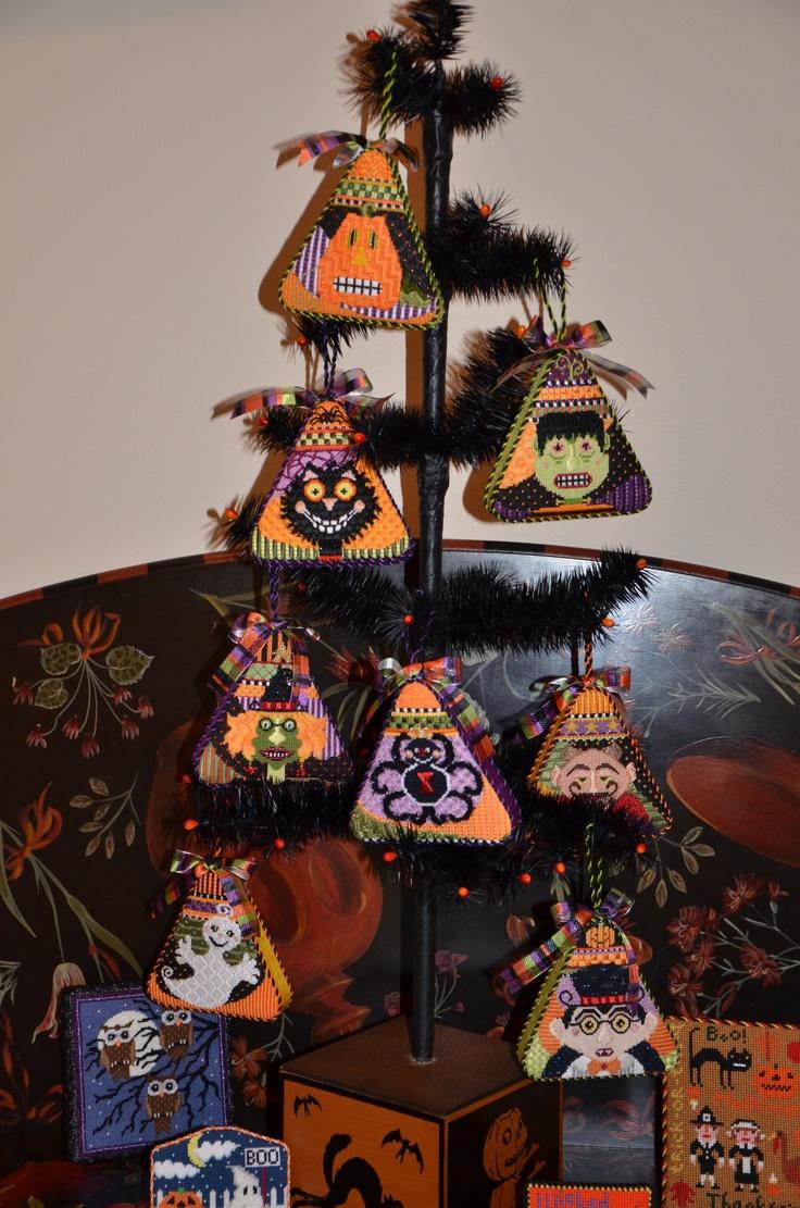 21 best Needlepoint Ornaments, Door Hangers images on Pinterest