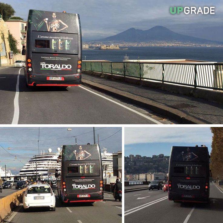 Brand: Caffè Toraldo - BUS - Napoli #caffètoraldo #toraldo #caffè #italia #napoli #bus www.upgrademedia.it