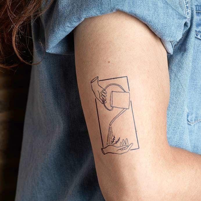 Ulanni Tattoo Semi Permanent Tattoos By Inkbox Simple Forearm Tattoos Knee Tattoo Modern Tattoos
