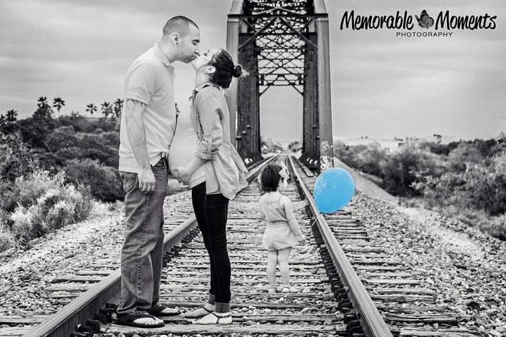 Memorable Moments Photography  Family Photography | family photographer | maternity session | black and white | b&w | splash of color | railroad tracks | bridge | overcast | princess | prince | mom and dad | baby bump | casual attire| Harlingen, TX | RGV www.capturememorablemoments.com