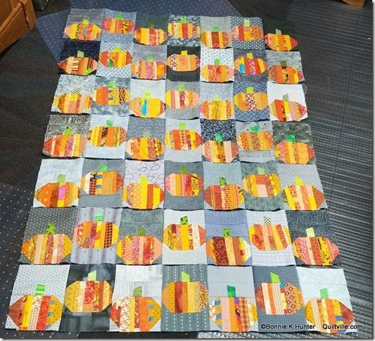Bonnie Hunter's string pumpkin quilt layout