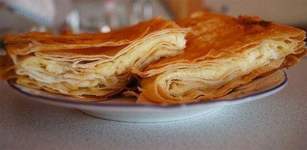 Фото к рецепту: Сырный пирог из армянского лаваша
