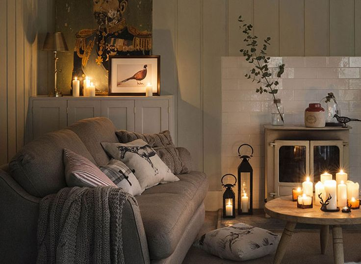 Lounge with candles and cushions