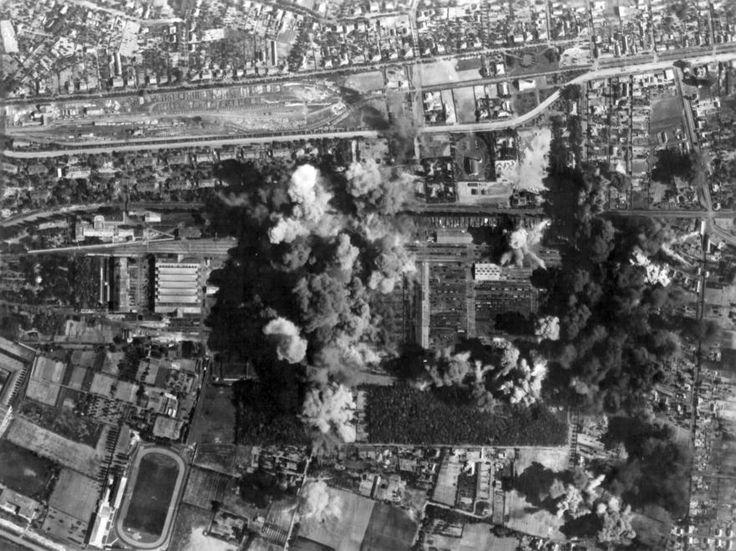 amerikai bombázása 1944-ben.