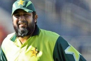Pakistan's former captain Inzamam ul Haq has advised the Pakistan Cricket Board to keep away tainted pacer Muhammad Aamir from the national team.