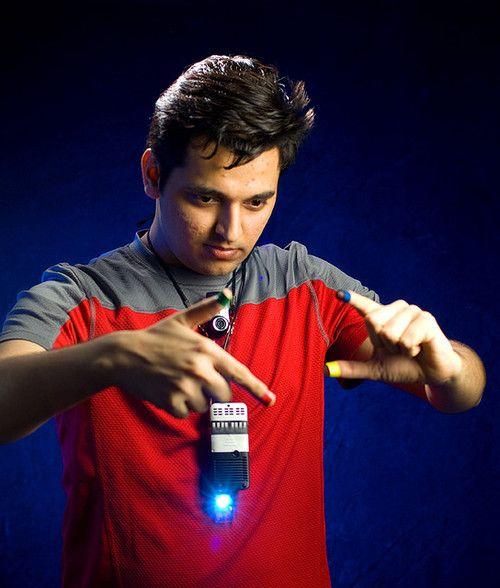 future, SixthSense, wearable gestural interface, futuristic technology, futuristic devices, Pranav Mistry, future gadgets, futuristic