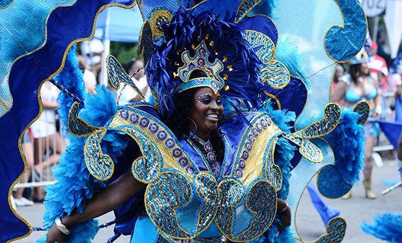 Fantastiske rundrejser i hele verden med Bravo Tours. Køb rejsen på www.bravotours.dk #BravoTours #SåSigerManBravo #FeriePåDansk #DeDanskVestindiskeOer #DanishWestIndies #StCroix #Island #Culture #Carnival
