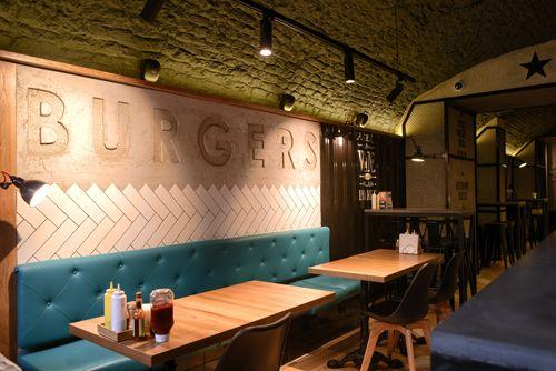 Освещение ресторана Street Beef Burgers - Невский 29. Санкт-Петербург. использованные светильники