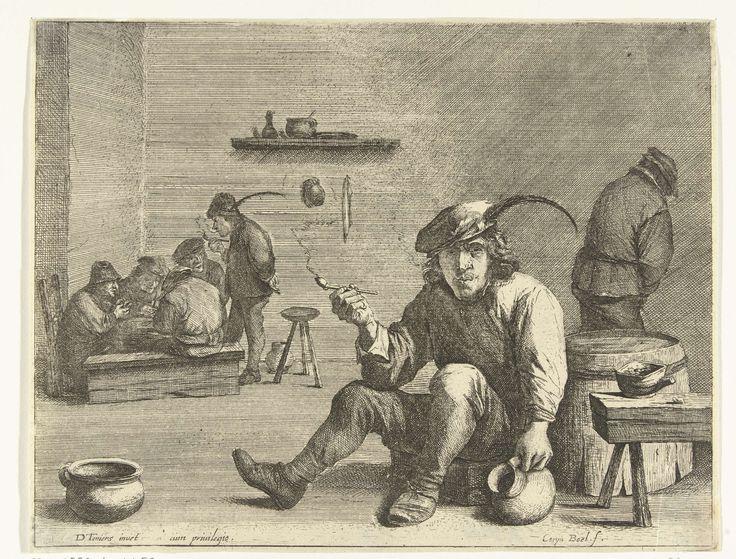 Quirin Boel | Pijprokende man in een kroeg, Quirin Boel, unknown, 1635 - 1668 | Een man zit in een kroeg op een kruk en rookt een pijp. Met zijn andere hand houdt hij een kruik vast. Op de achtergrond staat rechts een man in een hoek te plassen en links zit een groepje mannen te kaarten.