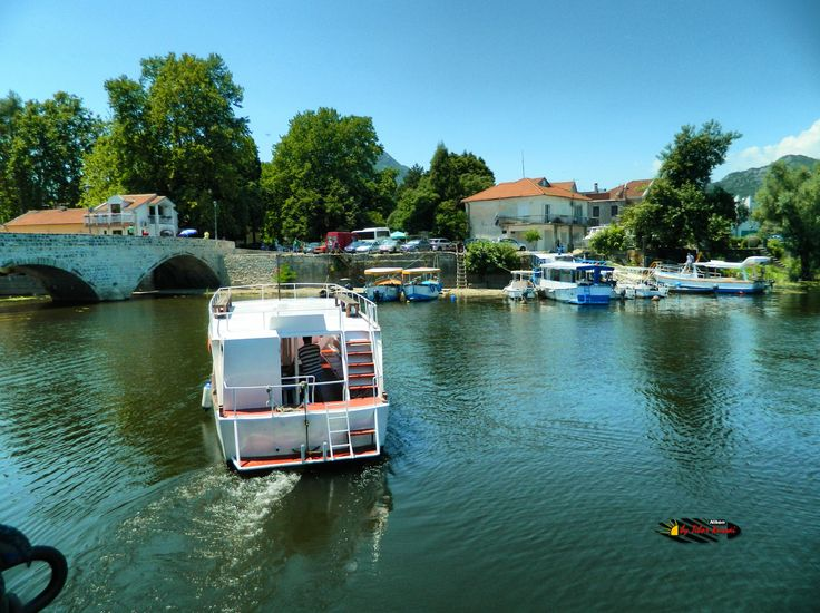 National Park, Lake Skadar, Virpazar, Montenegro, Nikon Coolpix L310, 4.5mm, 1/200s, ISO80, f/8.7,-0.3ev, HDR-Art photography, 201607091307