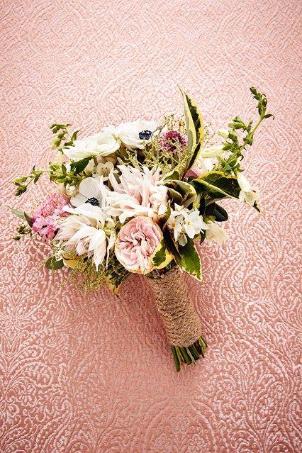 DIY bridal bouquet tutorial (BridesMagazine.co.uk)