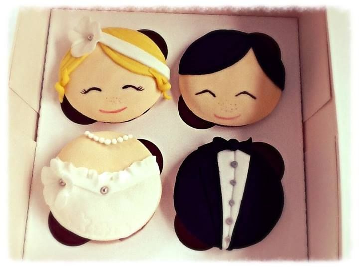 cupcakes bride and groom