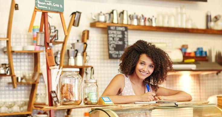 CRÉDITO ¿Necesita un 'plante' para su negocio? A esto le prestan con microcrédito Si quiere aumentar la capacidad de su negocio o microempresa, le contamos en qué condiciones le podrían prestar en el sector bancario. Revise si lo ve favorable.