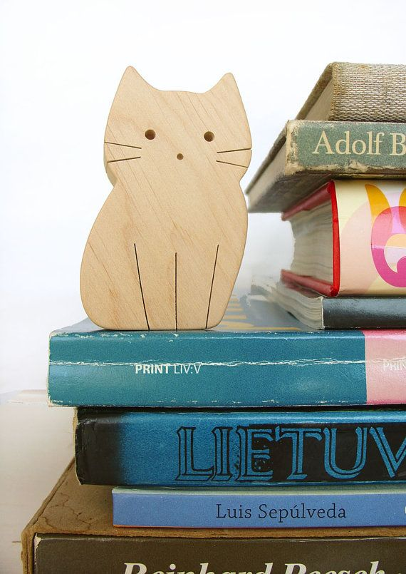 Wooden cat, so simple but so cute!