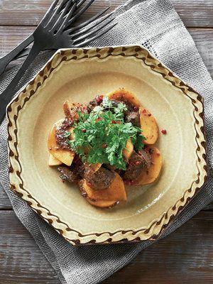 【ELLE a table】鶏レバーと柿のホットサラダレシピ エル・オンライン