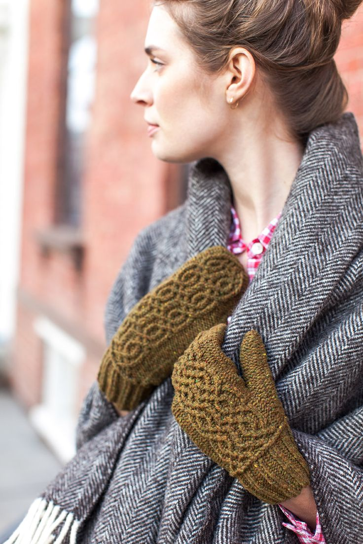 Knitting Hands Brooklyn : Best mittens images on pinterest