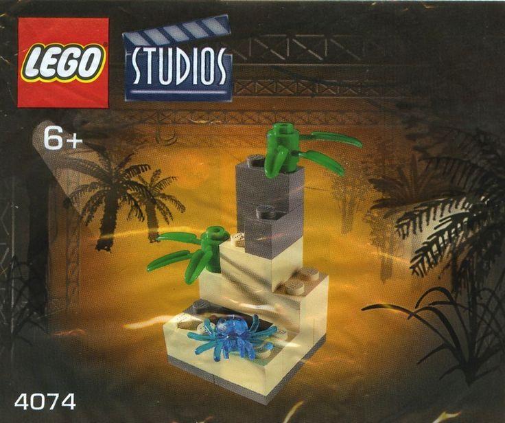 LEGO Studios 4074: Tree 3. Released 2003