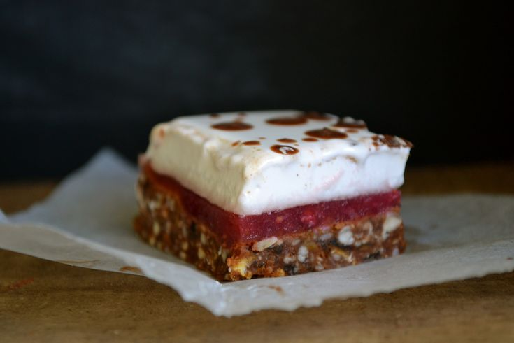 Raspberry Marshmallow Slice / Paleo / Grainfree / Refined Sugar Free