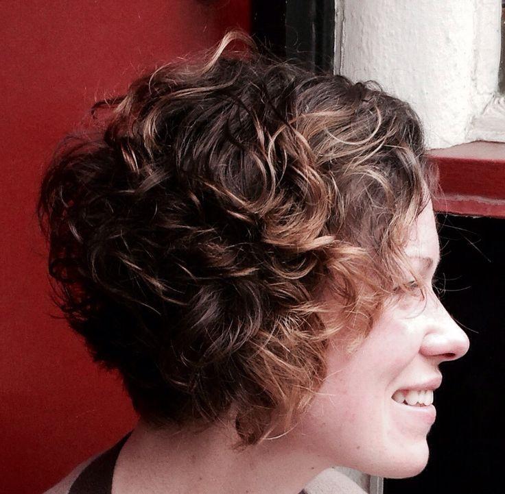 Curly Aline