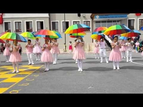 Ali İhsan Dayıoğlugil İlkokulu 3-A Sınıfı 23 Nisan Şemsiye Şovu 2016 - YouTube