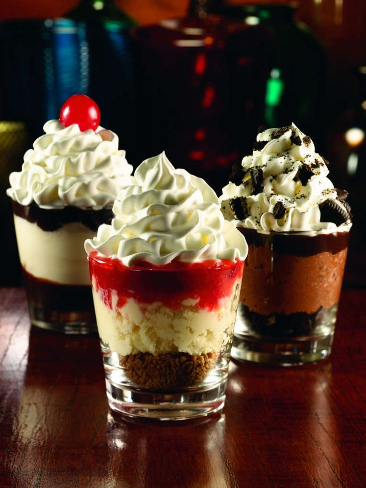 Applebees dessert shooters mini desserts served in shot for How to make mini desserts in shot glasses