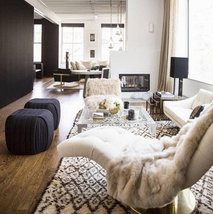 Pele sintética na decoração: a cara do inverno  #camilaliradecoredesign #pelesintetica #pelego #inspirações #inspirations #dicas #ideias #arquiteturadeinteriores #designdeinteriores #decoração #decor #decoration #decorating #ambientação #design #instadecor #instahome #interiorstyling #interiorsdesign #interiors #interiores #homedesign #decorlovers #coolreference #details #furniture #homedecor #homedecoration #estilo #style