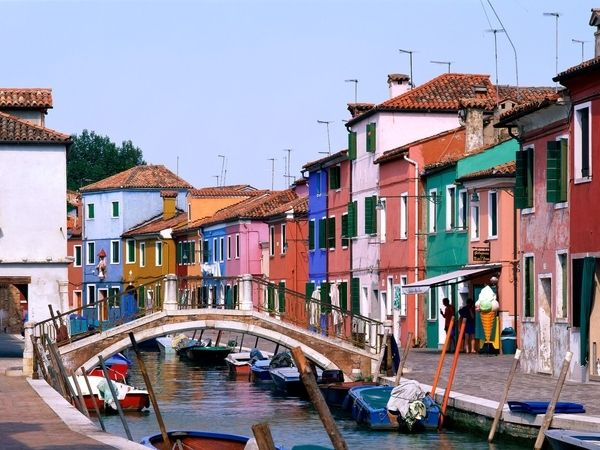 #RIDECOLORFULLY  Bridge over troubled waters? I think not. Venice, Italy